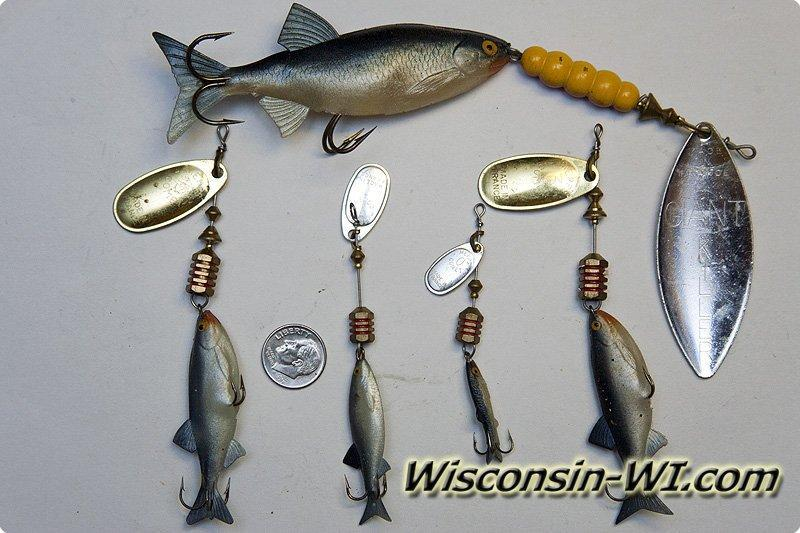 Bass fishing lures baits tackle gear used in wisconsin for Bass fishing spinners