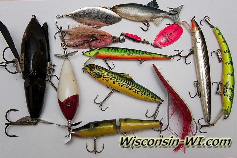 Photos of Northern Pike Fishing Lures and Tackles