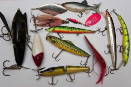 Photos of Northern Pike Lures and Tackle