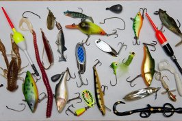 Photos of Walleye Fishing Lures and Tackle
